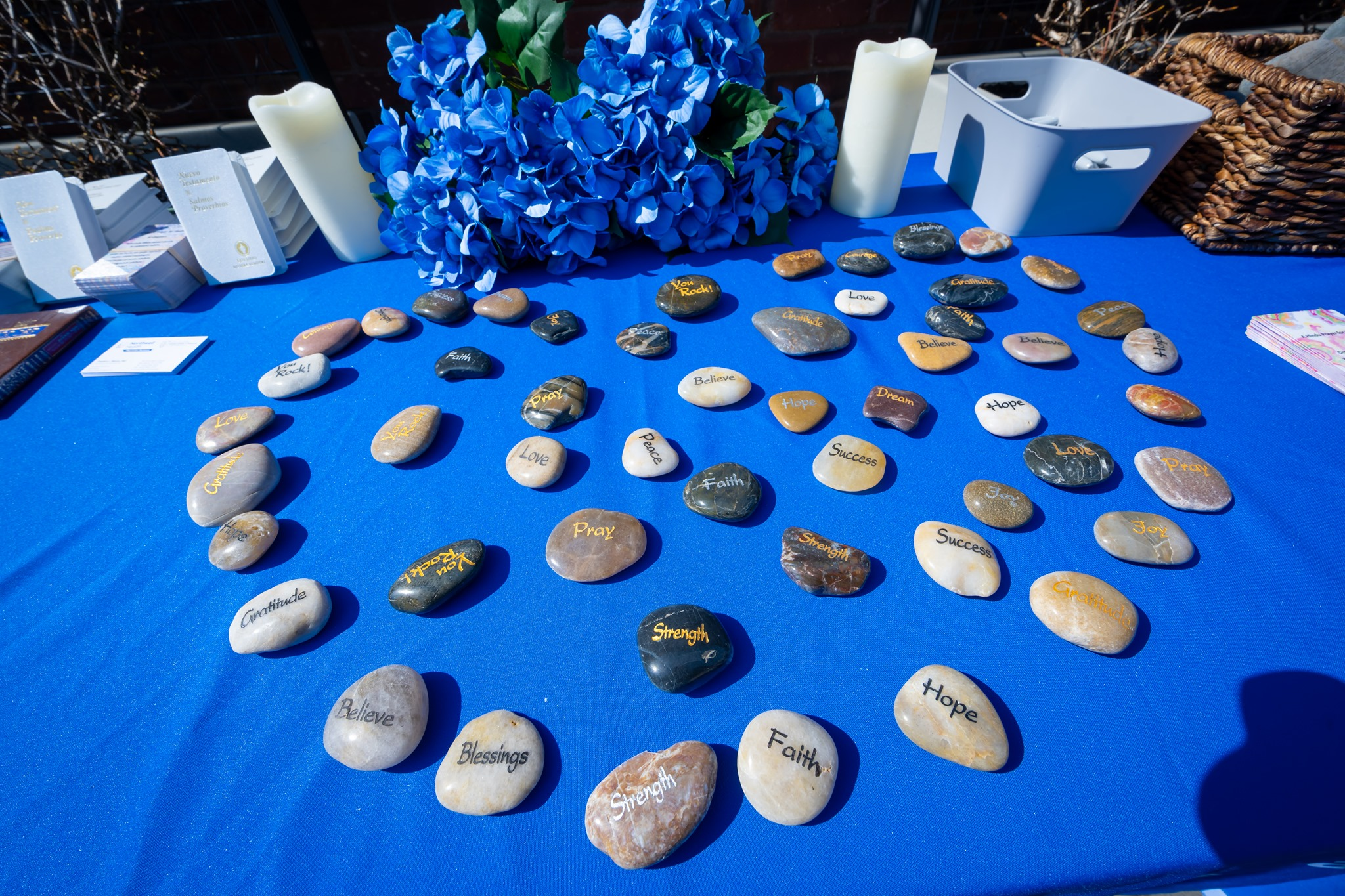 rocks with messages of hopes line table